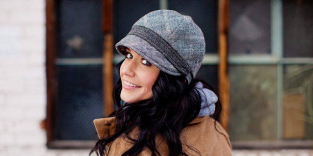 Gillian Womens Hat in Grey Bias Plaid